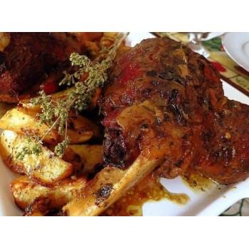 Блюдо из баранины из-под земли. Странности греческой кухни